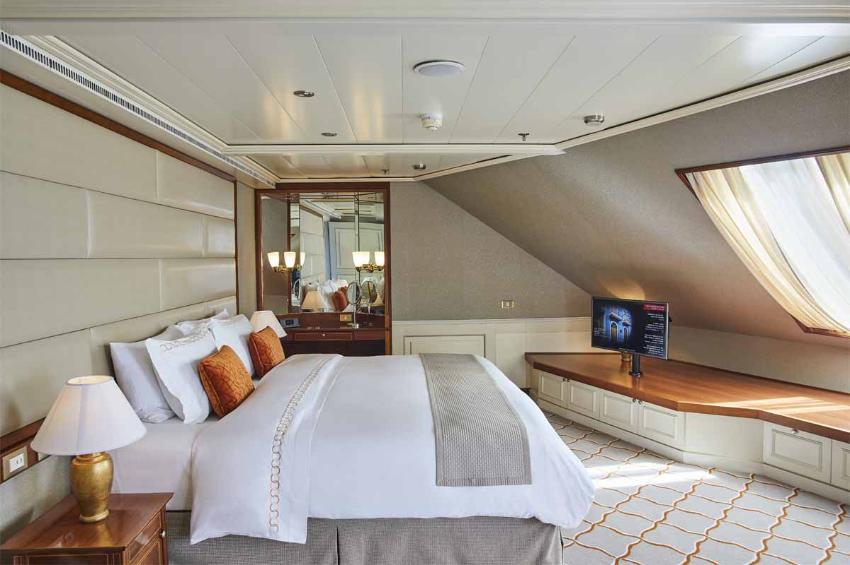 Royal Suite I Silver Whisper