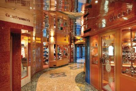Costa Mediterranea Shopping