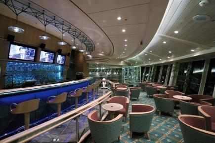 Explorer of the Seas Nineteenth Hole Bar