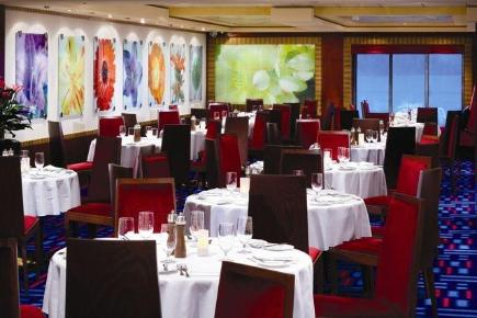 Norwegian Gem Magenta Main Dining Room