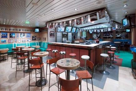 Explorer of the Seas Bar