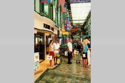 Adventure of the Seas Promenade Shops