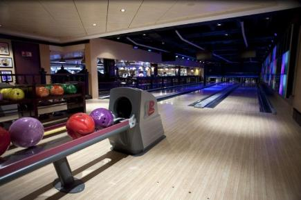 Norwegian Epic Ultra Bowlingbahn