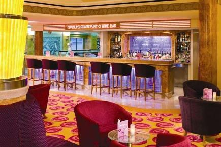 Norwegian Gem Magnum's Champagne & Wine Bar