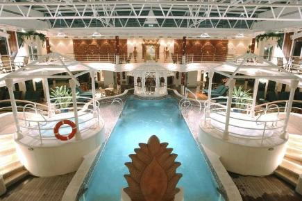 Coral Princess Pool