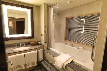 Badezimmer Queens Suite Q2 | Queen Mary 2