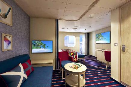 Carnival Vista - Family Harbor Suite Wohnbereich