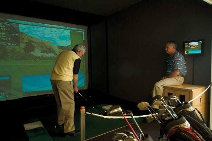 Golf Simulator | Queen Mary 2