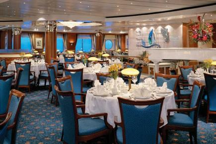 Norwegian Sky Crossing Hauptrestaurant
