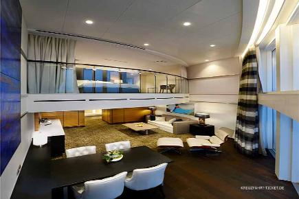 Ovation of the Seas - Owners Loft Suite
